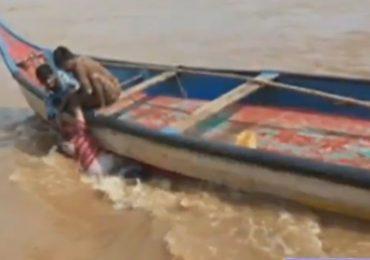 boat capsize devipatnam godavari accident 72