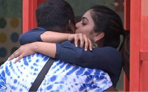 punarnavi and rahul deep kiss and hot romance in bigg boss latest episode promo, కసుక్కుని లాక్కుని కిస్సెట్టేసింది..