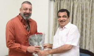tolivelugu.com story on sanjay dutt union transport minister nitin gadkari, మున్నాభాయ్ జిందాబాద్!