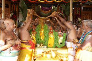 tirumala brahmothsavam final day chakra snanam, కన్నులపండువగా చక్రస్నానం