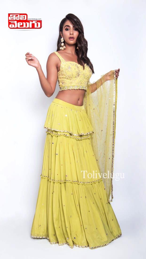 Pooja Hegde Latest PhotoShoot, Pooja Hegde Latest PhotoShoot